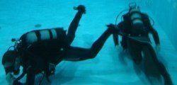 nurkowanie w basenie  5 metrowym
