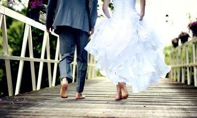 Ślub nad brzegiem jeziora