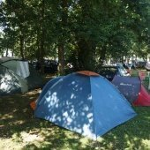 Pole namiotowo campingowe