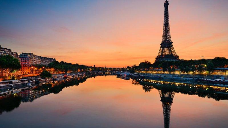 SYLWESTER CAFE DE PARIS