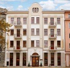 HotelWieniawski8of8.jpg