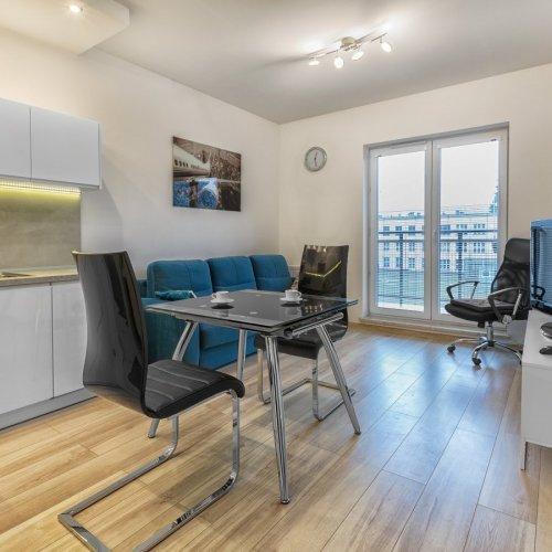 apartamenty-aparts-lodz-noclegi.jpg
