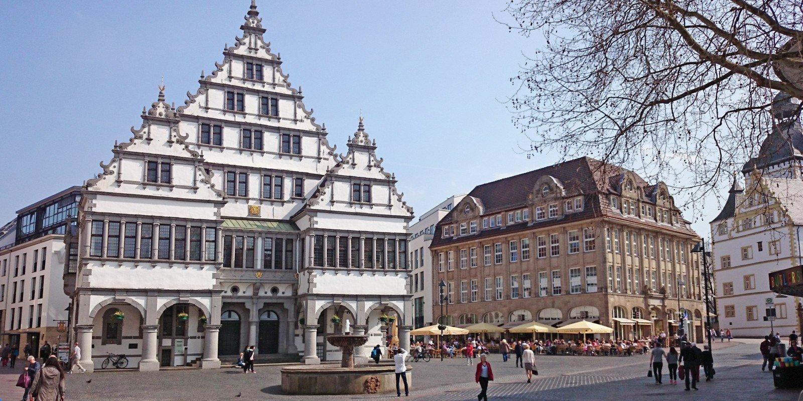1_Rathausplatz_KS_2015.jpg