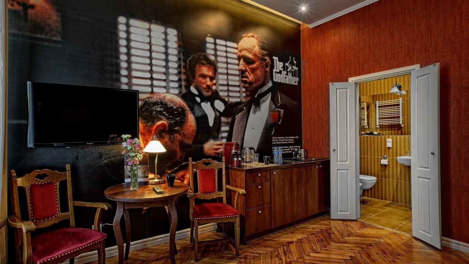 Hotel Stare Kino Łódź - apartament Ojciec Chrzetny