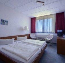 Zimmer/DZ-01-2500.jpg