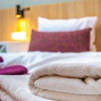 Hotele w Rzeszowie dla dwojga – pary wybierają Falcon!