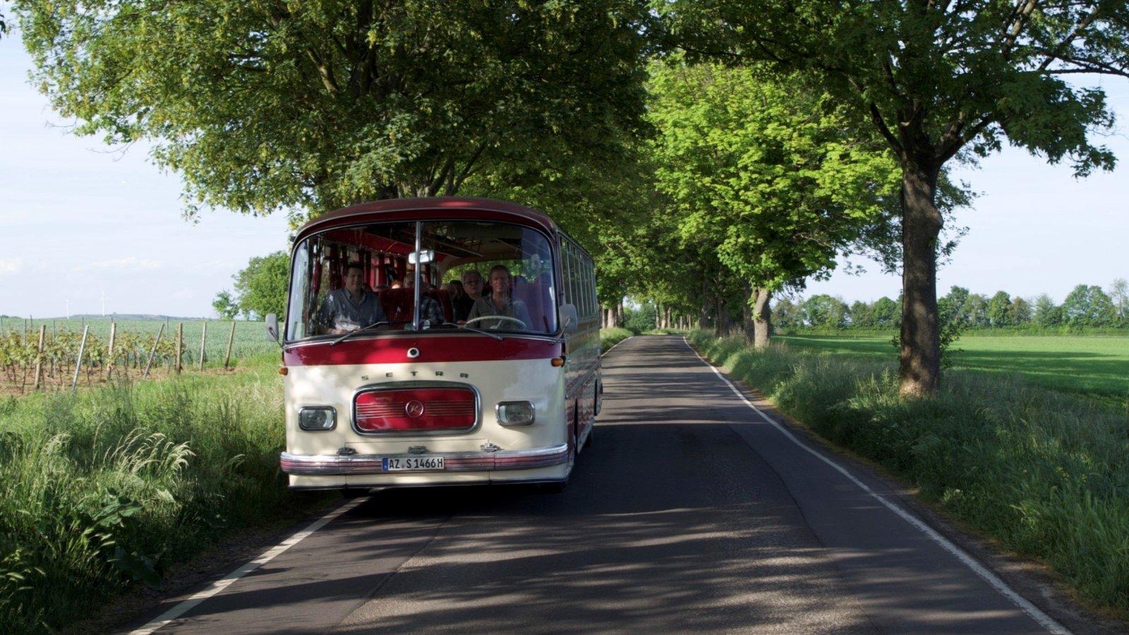 Nostalgiebus10S14.jpg