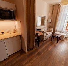 lounge5_04w.jpg