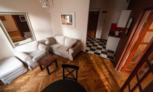 lounge6_04w.jpg