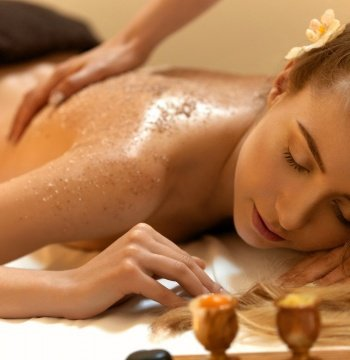 Fotvård hisingen nan thai massage