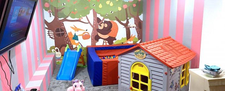 Nowo otwarty pokój zabaw dla dzieci