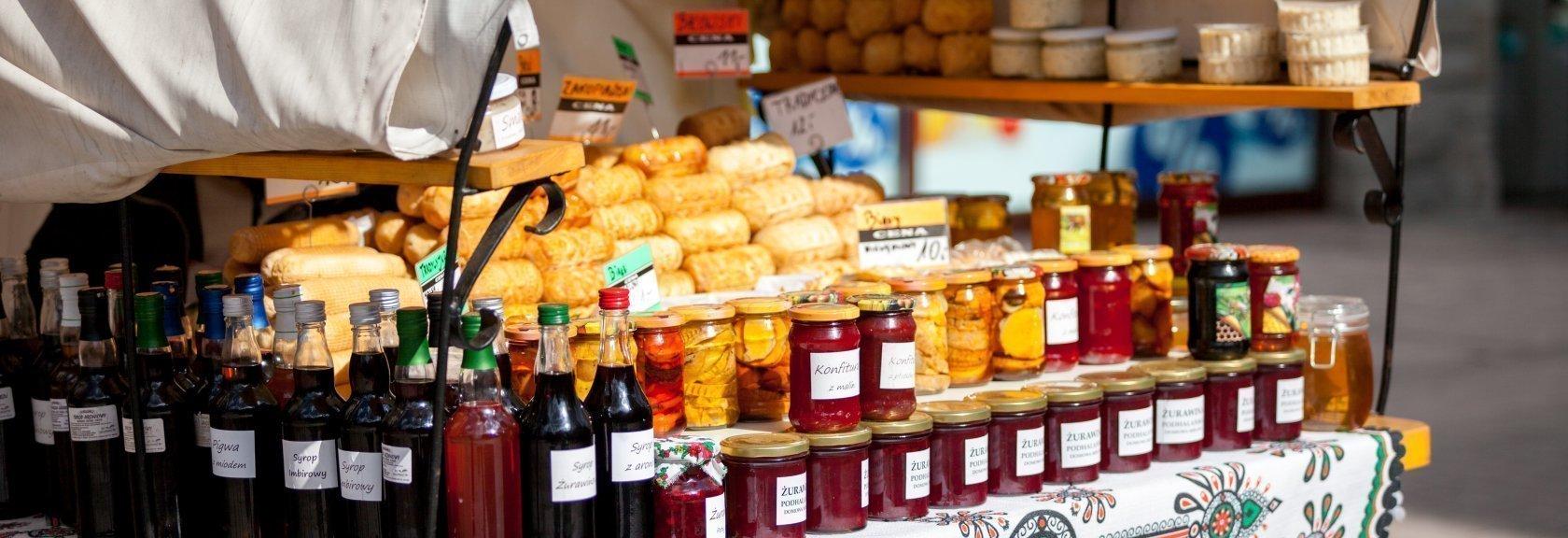 Zakopiański shopping. Prawdziwe pamiątki z Tatr