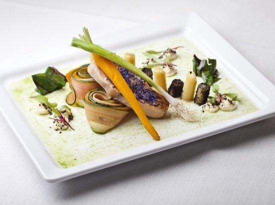 Wykwintna kuchnia regionalna i europejska
