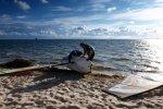 Wind-surfer na plaży