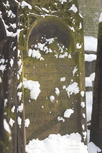 Zima/CmentarzydowskiCRW_0683.jpg