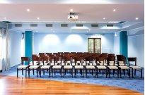 Niebieska sala konferencyjna - Konferencje w Robert's Port na Mazurach