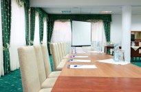 Sale konferencyjne Robert's Port Mikołajki - sala zielona gotowa na konferencje