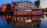 Barka Tumska i Hotel Tumski