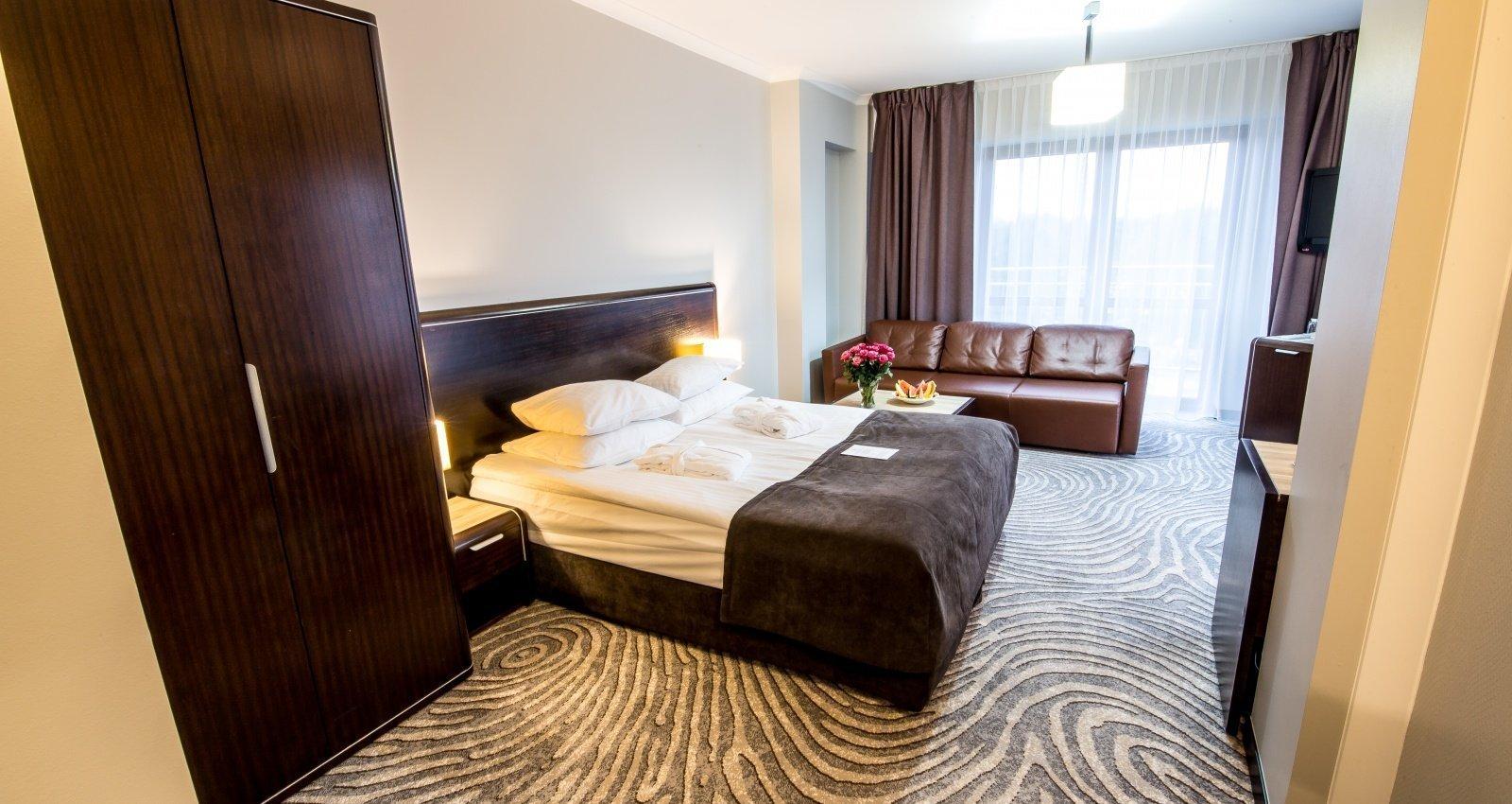 http://u.profitroom.pl/hotelleda.pl/thumb/1600x850/uploads/l102.jpg?size=stretch&mode=crop