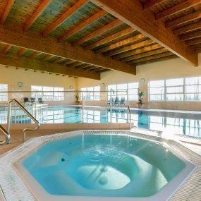 Schwimmbad & Jacuzzi