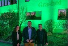 """""""Wir brauchen eine Perspektive"""" – Landhotel Grashof erstrahlte in komplett grünem Licht"""