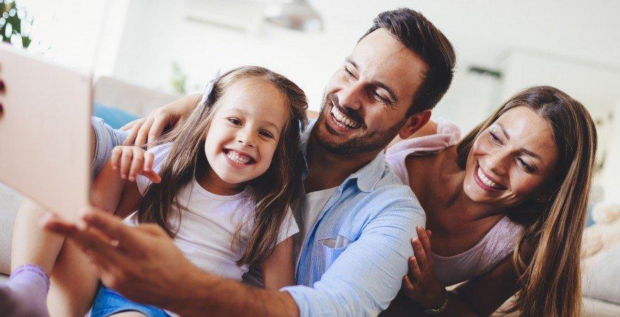 3 generacje gości – jak skutecznie komunikować się online