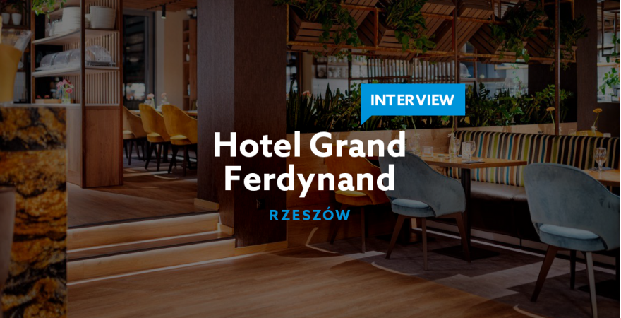 How to get the yearly number of direct bookings in a month? - Grand Ferdinand Hotel