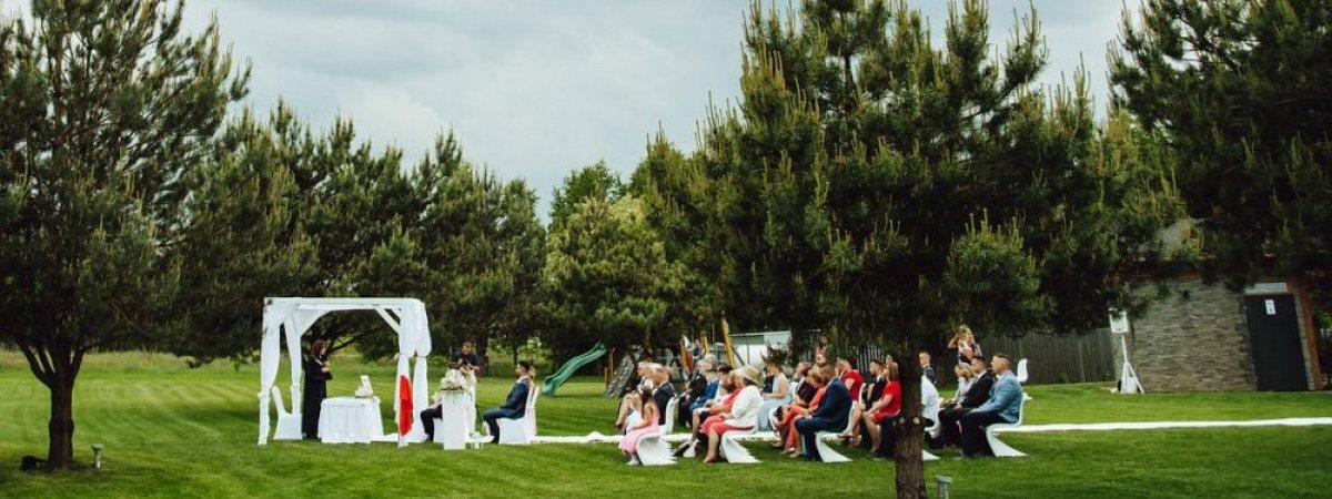 Ślub w plenerze – jak zorganizować?