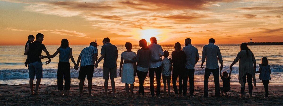 Zjazd rodzinny – jak zorganizować udane spotkanie?
