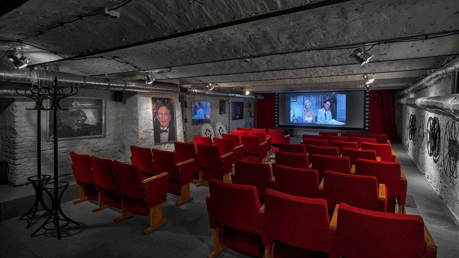 Stare Kino - sala kinowa