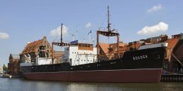 Soldek Ship