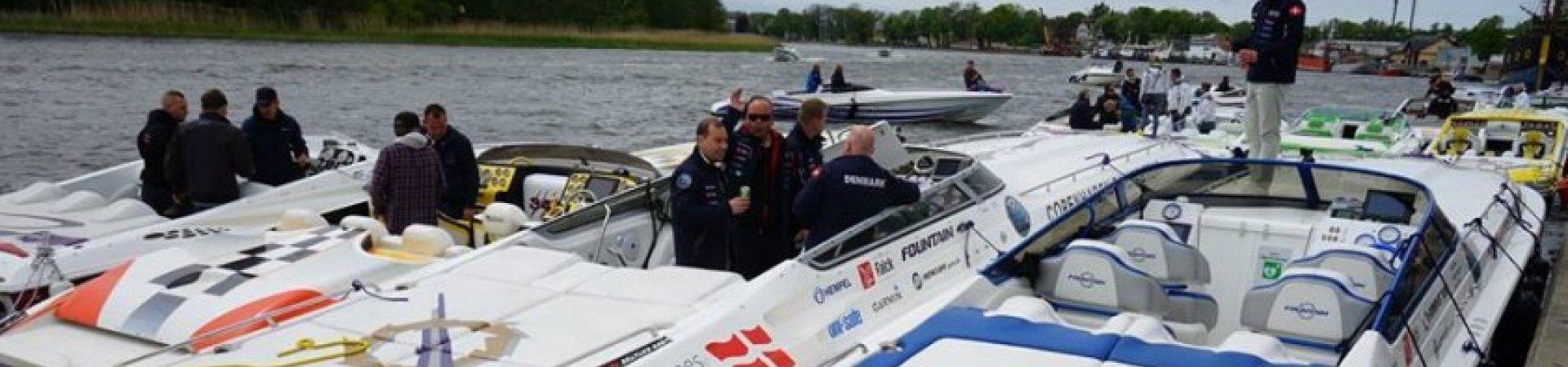 Wyścigowe łodzie motorowe w Szczecinie