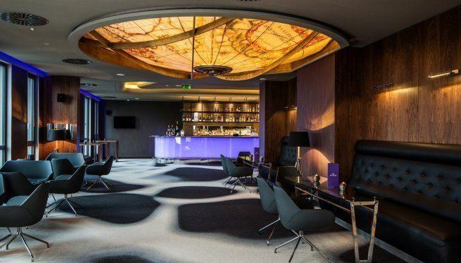飞行员酒吧和休息室