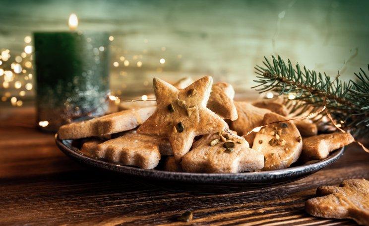 Feiern Sie mit uns Weihnachten bei selbstgebackenen Plätzchen und schönen Weihnachtsgeschichten.