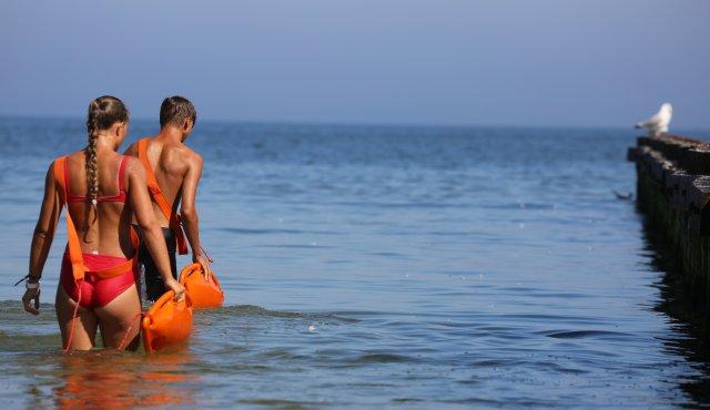 systematische Überprüfung und Markierung der Küstenzone