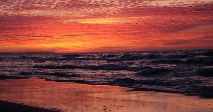 gorrący zachód słońca