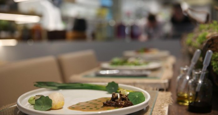 assiette szparagowe | comber jagnięcy | zraz z jelenia | polskie ślimaki