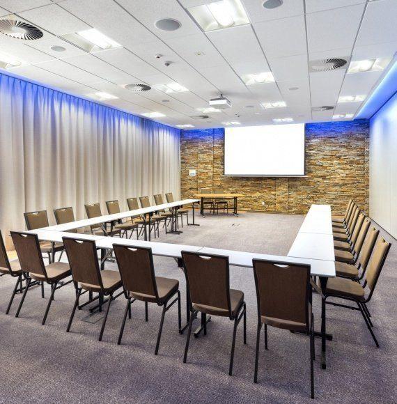 7 sal konferencyjnych