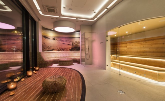 Saunas and relax zone