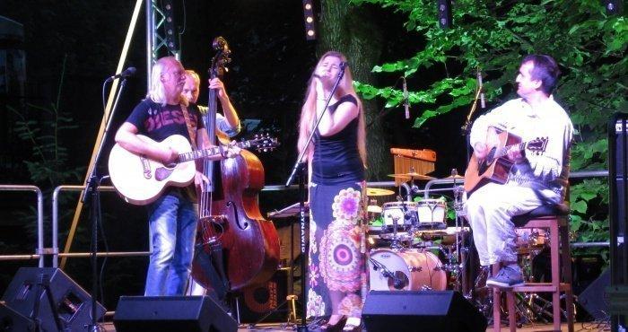 Andrzej and Maya Sikorowscy Concert