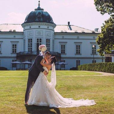 Neobyčajný svadobný štvrtok