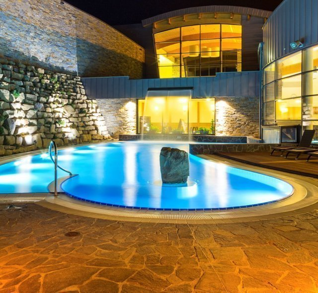 Cooling pool