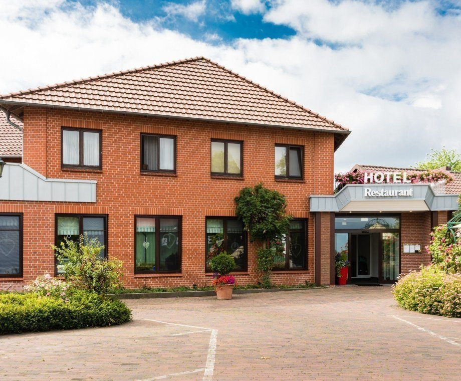 Land-gut-Hotel in Bucken***