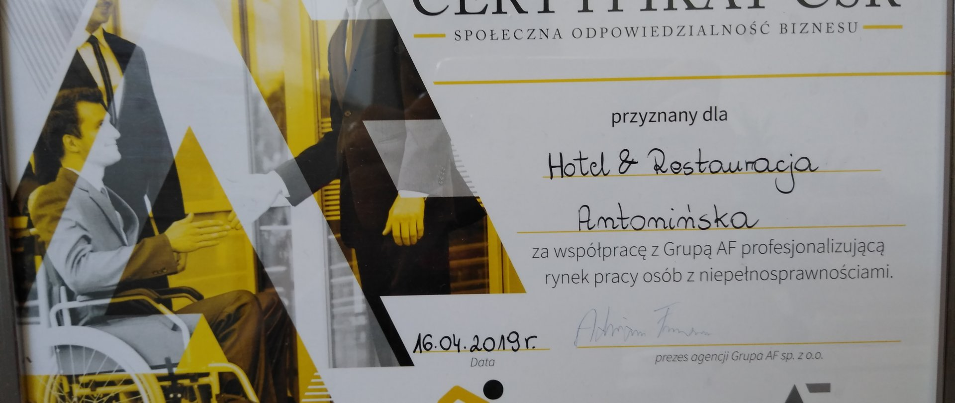Adjusted - Hotel & Restauracja Antonińska