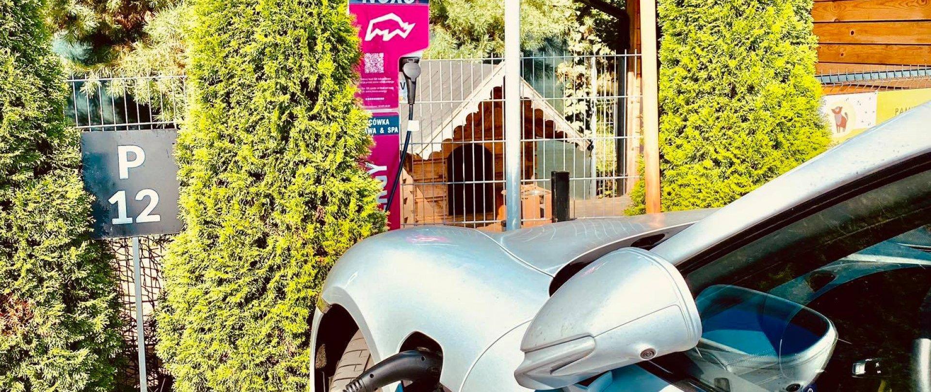 W Bacówce można już ładować samochody elektryczne!
