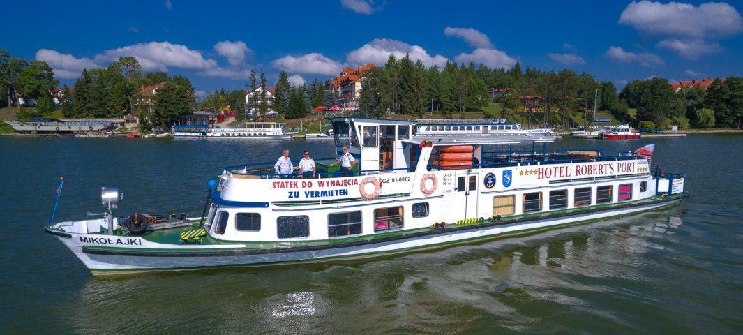 Statek Mikołajki
