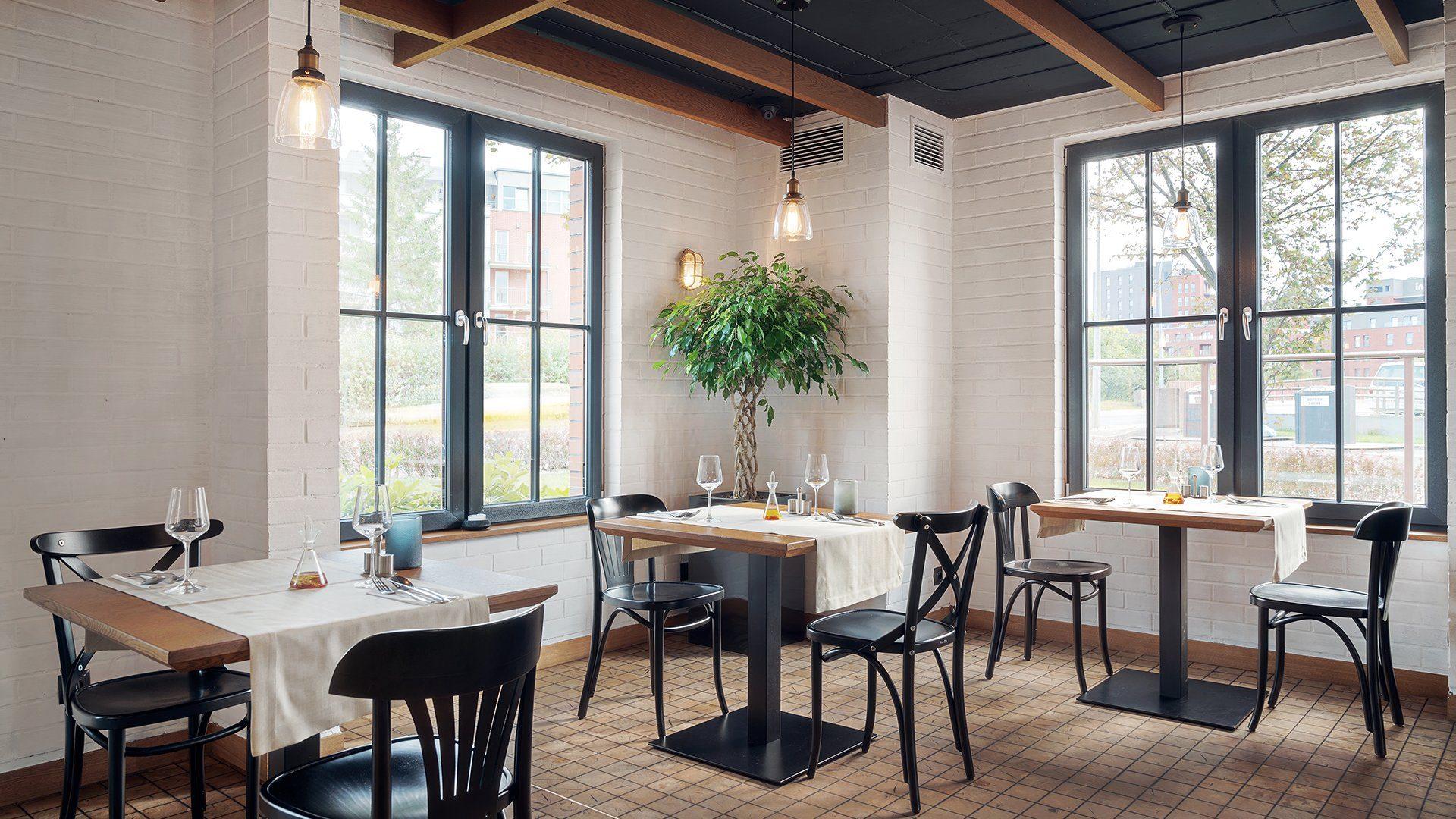 Magiel Restaurant Hotel Almond