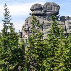 Wanderung zu Pielgrzymy (einem der Felsen von Dreisteine) - 8 km