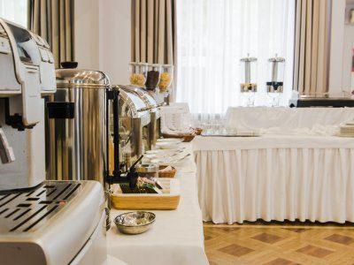 Hotel*** Łazienkowski