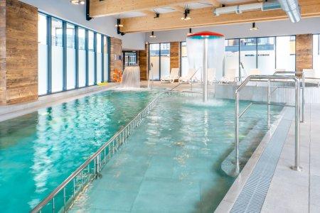 Schwimmbad Wellness & SPA